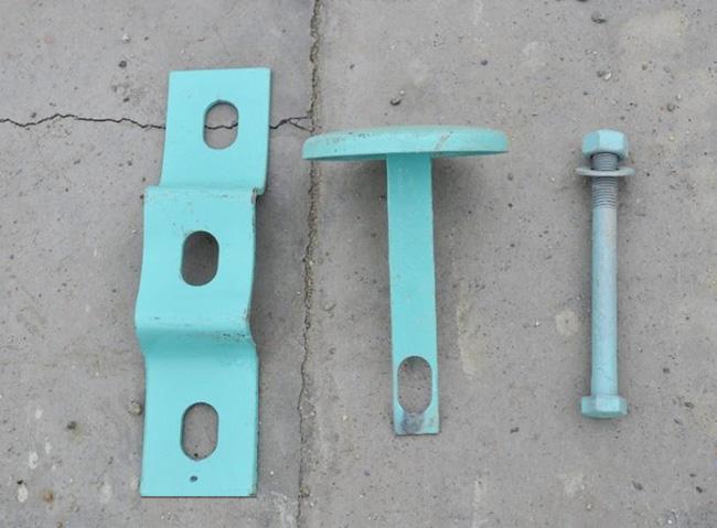 托架柱帽螺栓