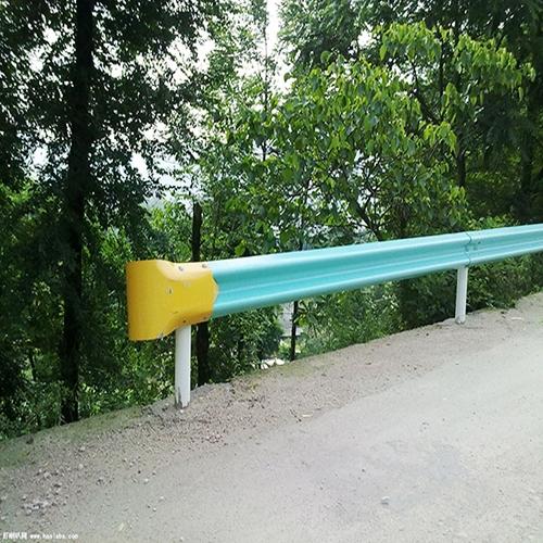 贵州喷塑防撞护栏板