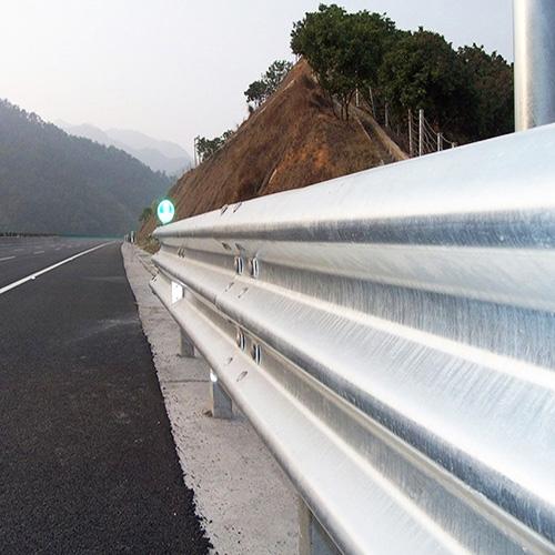 贵州高速三波波护栏